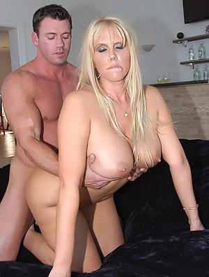 Big Boobs Doggystyle Porn Pictures