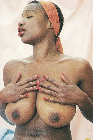 African Big Boobs Porn Pictures