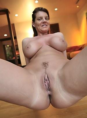 Big Boobs Close Up Porn Pictures