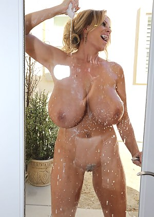 Big Wet Boobs Porn Pictures
